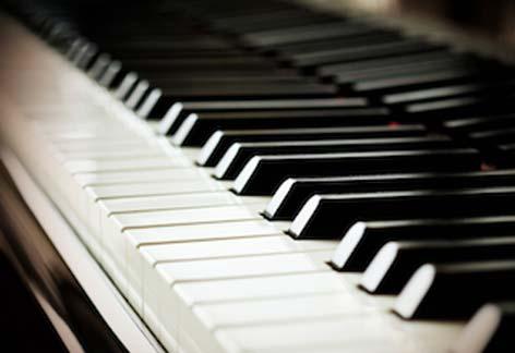 弾きたい曲をかっこよく弾けるようになりましょう